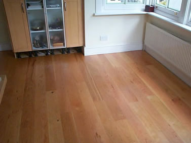 Karelia_Pre-finished_cherry_plank_wood_laminate_7